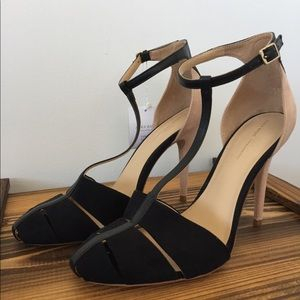 Zara Basic Black and Nude Suede Color Block Sandal